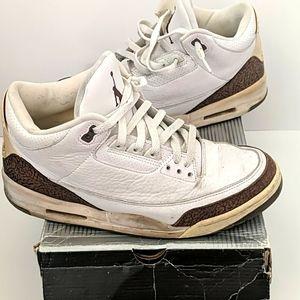 Nike Air Jordan 3 Retro Mocha OG Size 10.5